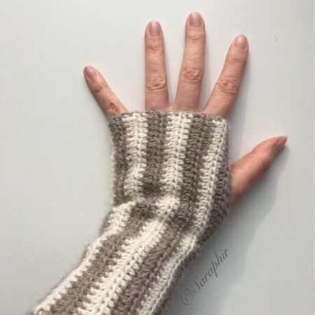 Adelia wrist warmers